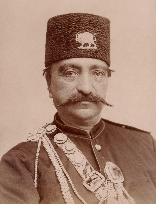 800px-Naser_al-Din_Shah_Qajar,_close_up,_with_slight_smile_by_Nadar